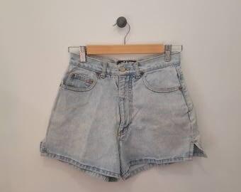 Vintage Breaker Jeans Light Denim High Waist Shorts, Size 9