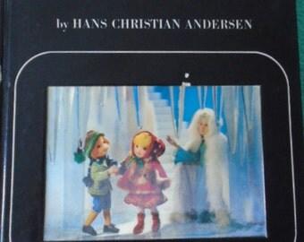 1968 SNOW QUEEN Book Lenticular Puppet