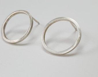 Silver Circle Stud Earrings  -  Sterling Silver Open Circle Earrings   -  Minimalist Round Earrings  -  Handmade by Linda Tucker