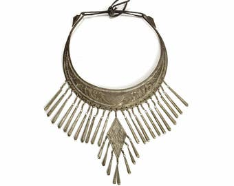 Silver GYPSY Necklace - Tibetan / Indian Collar Bib Fringe Necklace - Etched Ethnic Torc - Huge Hammered Boho Festival Jewelry - Vintage 70s