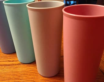 Vintage Tupperware Tumblers 16 oz. / 1980s Tumbers / Pink Blue Aqua Grey Tupperware / Series 107 Tupperware Drinkware