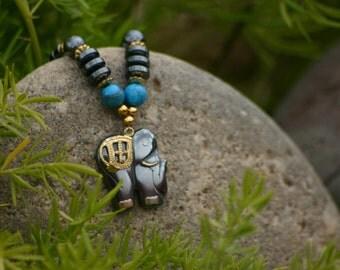 Elephant Hematite Necklace, Hematite Beaded Necklace, Elephant Necklace, Elephant Beads, Turquoise Necklace, Vintage Necklace, Trunk, Lucky