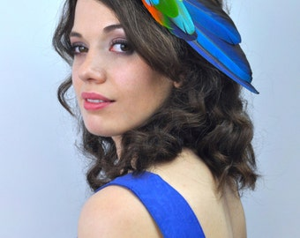 Tropical Feather Fascinator Hair Clip in Vibrant Blue Macaw Parrot Feathers