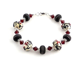 Red White and Black Crystal Beaded Lampwork Bracelet, Lampwork Jewelry, Fashion Jewelry, Holiday Bracelet, Gifts, Valentine Day