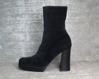 Vtg 90s Black Suede Leather Minimal Chunky Block Heel Boots 9