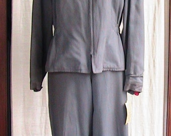 Vintage 1940s SKI SUIT   size Medium