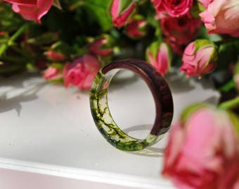 resin moss rings, Womens wood ring, Resin ring,Elven ring, Forest jewelry,nature lover gift, moss terrarium, natural moss, botanical jewelry
