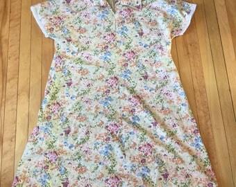 Vintage 1980s Women's Floral Summer Mori Dress! Size L-XL