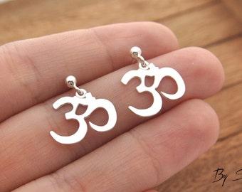 Sterling Silver ohm earrings, delicate ohm, ohm earrings, silver ohm, ohm, om, yoga, om earrings, ohm jewelry