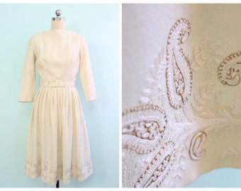 Vintage 1950's Embroidered Paisley Wool Dress | Size Extra Small
