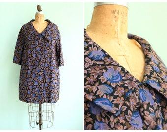 Vintage 1960's Floral Tapestry Coat | Size Medium
