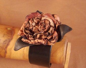 FREE SHIPPING! Handmade woman bracelet with a brown leather rose