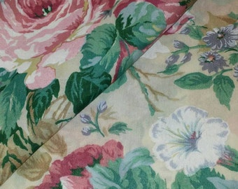 Vintage Tablecloth/Rectangle tablecloth/Cabbage Roses/Shabby Chic Tablecloth/Boho Tablecloth/Tablecloth