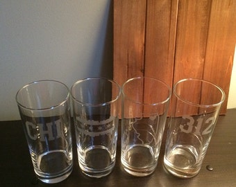 Chicago Glasses - 4 Tall Straight Water Glasses - Chicago - Illinois - Chicago Barware - Cubs - Bears