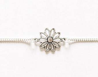 Daisy Flower Chain Choker