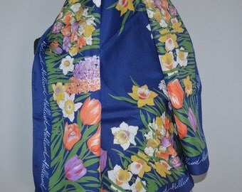 Holland / souvenir scarf / scarf / square / tulips / daffodils / blue / yellow / pink / green / navy blue / vintage scarf / floral