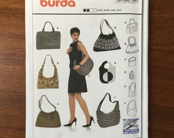 Burda 8305 Purses Bags handbags totes 6 designs