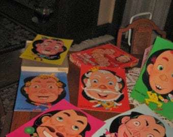 VINTAGE 1960'S Game: FUNMAKER BOX 6 faces with interchangeable features!!