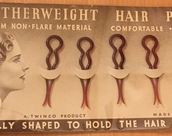 1930's Vintage Deadstock TWINCO CELLULOID Featherweight Double Prong Hair Pins Set On Retail Backing Card