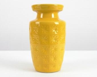 Yellow vintage ceramic vase by Scheurich, 70s, West German Pottery, Mid Century