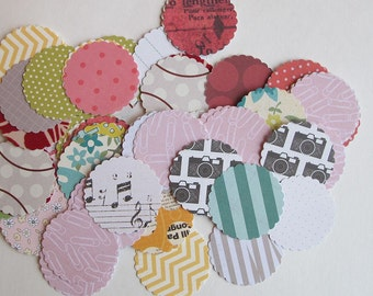 scalloped circle punches, 100 circle cardstock punches, scalloped circle confetti