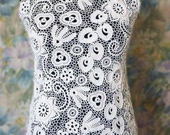 Irish lace, top