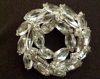Vintage clear crystal round three layer brooch