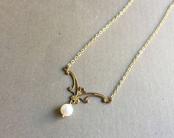 Sinuous Art Nouveau and Pearl Necklace