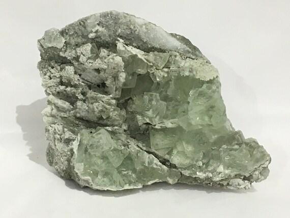 Green FLUORITE// Raw Fluorite CLUSTER// Crystal Cluster// Raw Healing Gemstone// Home Decor// Healing Tools// Statement Piece// From Brazil