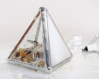 Dragon Glass Paperweight, Dragon Decor, Fantasy Decor, Fantasy Creature Office Accessory, Sci fi Gift, Dragon Gift Idea, Glass Pyramid