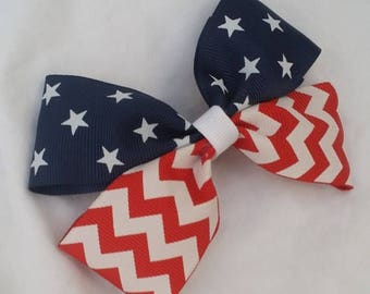 Fourth of July Hair bow, Patriotic Hairbow, Red White and Blue Hairbow, July 4th Hairbow, Independence Bow, Bow for Girl,
