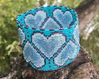 Big blue heart turquoise bracelet