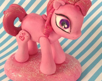 Pinkie pie my little pony cake topper-office decor-gift for girl-centerpiece-pinkie pie figurine-pony polymer clay-pink paperweights