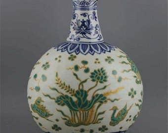 A Exquisite Chinese Antique Blue&White Green Glaze Porcelain Mandarin Duck Vase-Free Ship