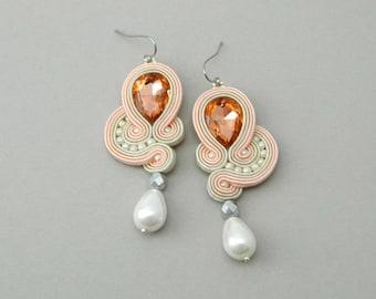 Bridal earrings, salmon pink earrings, statement earrings, bridesmaids gift, pearl earrings, drop earrings, dangle crystal boho earrings