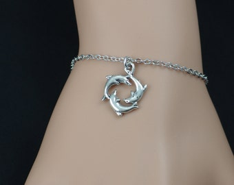 dolphins bracelet, silver three dolphins charm, dolphin circle, sea-themed jewelry for bridal parties, christmas gift, adjustable bracelet