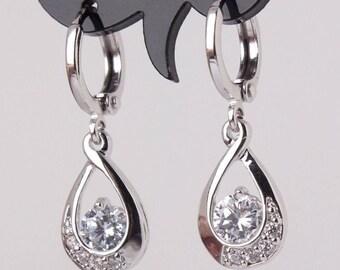 Fashion white topaz gemstone 925 sterling silver earrings