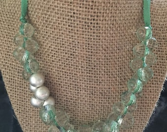 VERY VICTORIAN:  Beribboned  Crystal and Faux Pearl Bead Choker