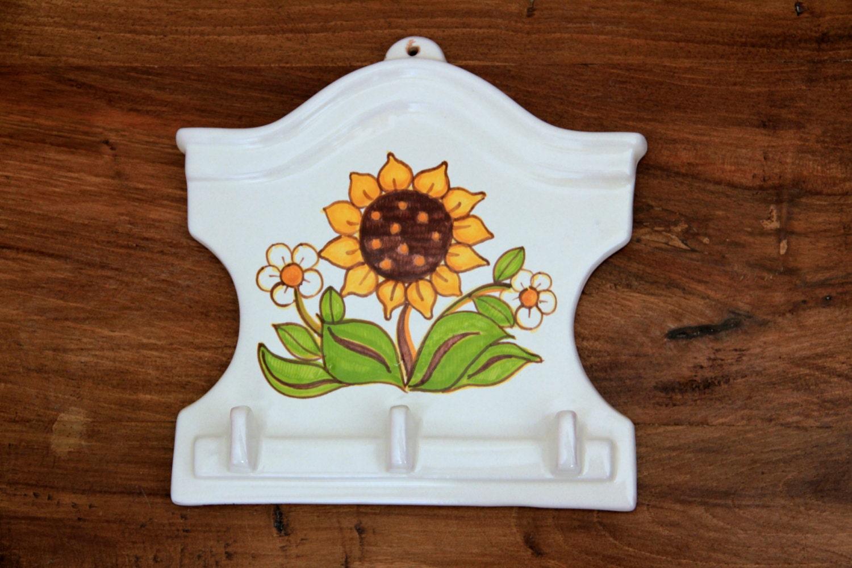 Ganci con fiori ganci e accessori cucina personalizzati - Elenco accessori cucina ...