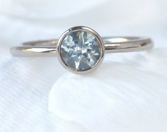 Aquamarine Engagement Ring in 18k White Gold - Eco Friendly - Handmade to Size