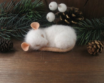 BROOCH sleeping small white mouse needle felting