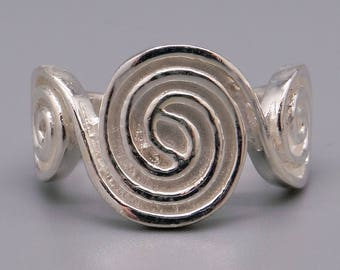 Handmade Sterling Silver 13.5mm Wide Swirl Band Ring Size 7.5