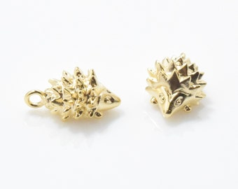 Tiny Hedgehog Pendant . Hedgehog Brass Pendant . Animal Pendant . 16K Polished Gold Plated over Brass - 2pcs / IA0169-MG