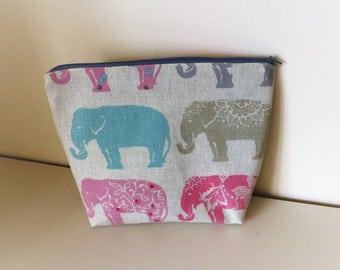 Elephants Makeup Bag, Elephant Cosmetics Bag, Elephants Toiletries Bag, Grey Elephant Bag, Gift for Elephant Lovers, Elephant Lovers Gift