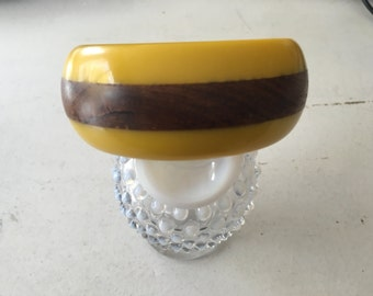 Vintage Mustard Yellow Lucite and Natural Wood Bangle -1950's 0821