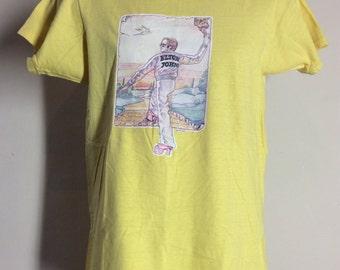 Vtg 70s Elton John Goodbye Yellow Brick Road Iron-On T-Shirt Yellow S/M Classic Rock