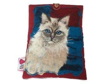 Luxury padded iPad/tablet case featuring original artwork cat