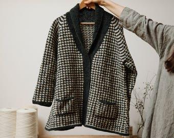 Biches & Bûches no. 7, knitting kit, cardigan