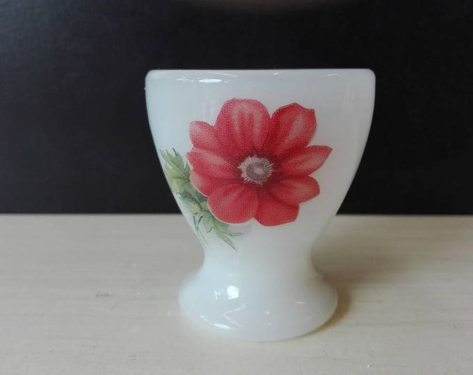 Arcopal red flower egg cups