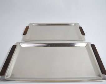 2 trays of stainless steel with wooden handles 60 years